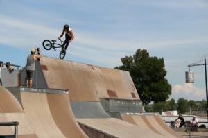 pierre-tortereau-nosepick-whip-skatepark-bordeaux-494x329
